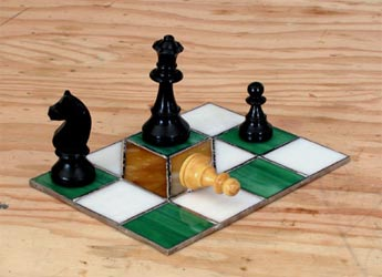 Impossible chess illusion
