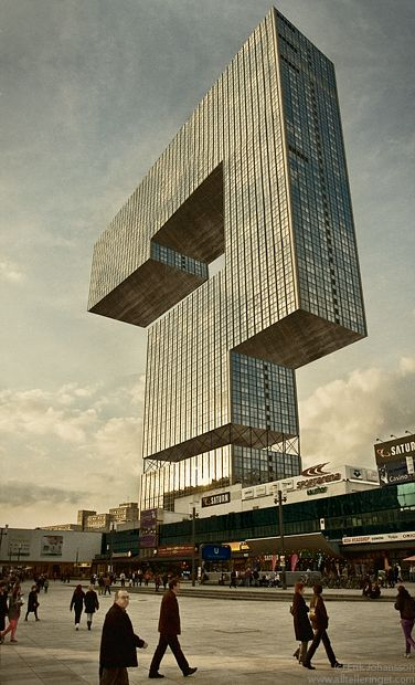 Question architecture erik johansson impossible world for Architecture impossible