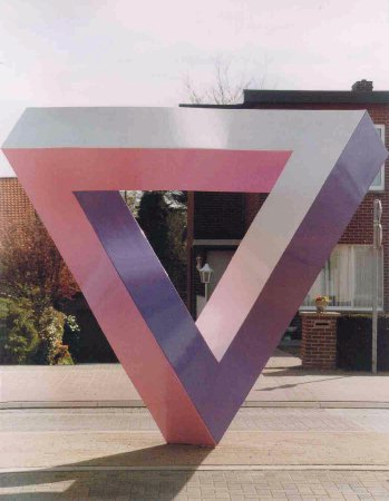 Sculpture of impossible triangle